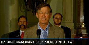 El gobernador de Colorado, John Kickenlooper, anuncia la firma de la legislación que legaliza el mercado de marihuana. / 9NEWS
