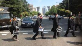 Miembros-plataforma-vestidos-cobradores-frac_EDIIMA20130723_0308_13